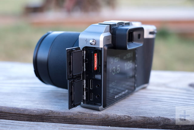 Hasselblad X1D 50c Review memory card