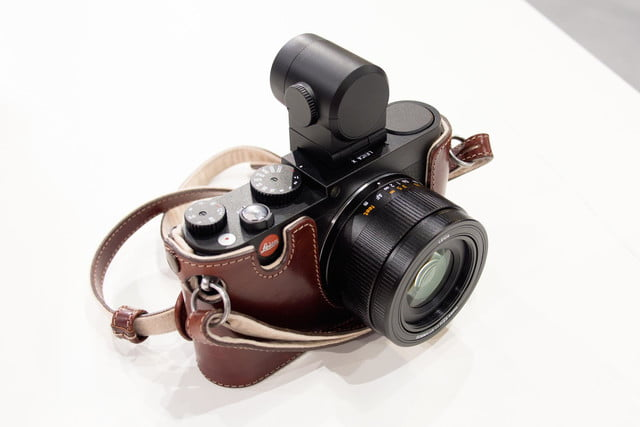 leica x typ 113 front top slanted