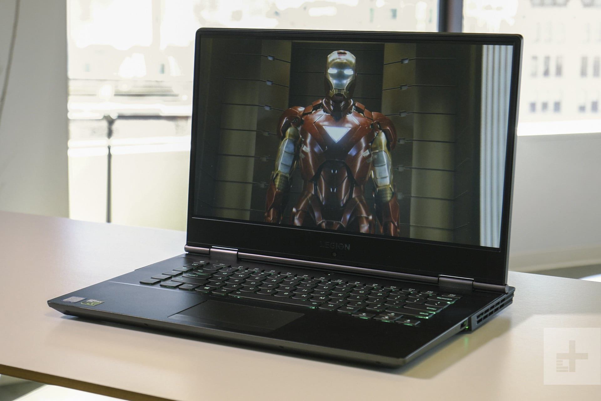 Lenovo's Legion Y730 is a mid-range muscleman that's too quickly
