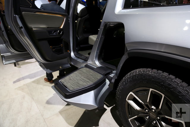 Rivian R1t Electric Pickup Truck Mb 8