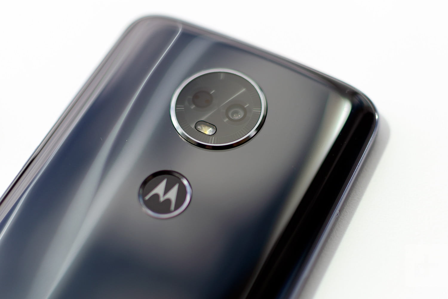Moto E5 Plus and Play are solid budget phones that won't ...
