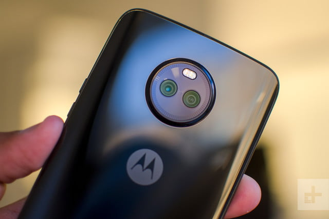 Moto X4 Android One review camera angle
