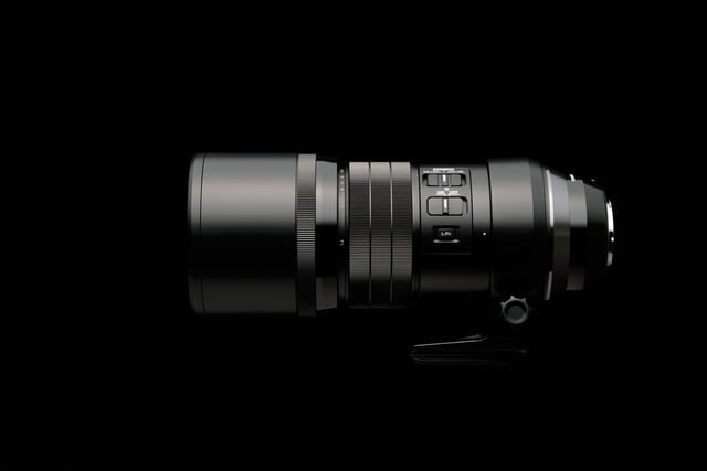 olympus 300mm lens puts extra stabilization into handheld photography ces2016 5