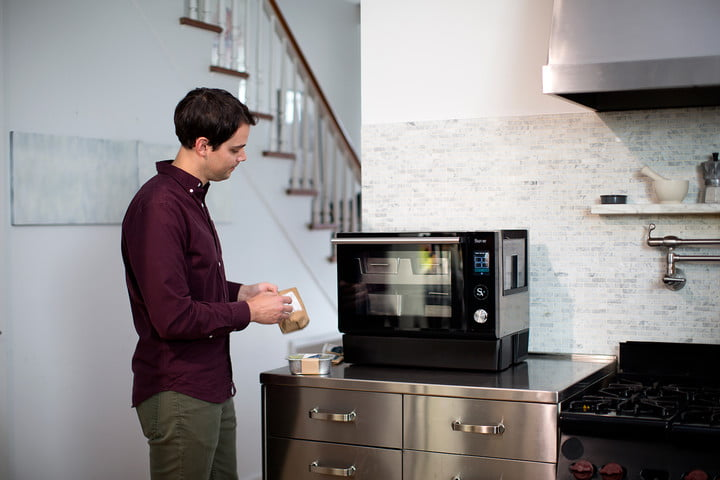 Put dinner on autopilot with Suvie, a robocooker that juggles 4 foods at once