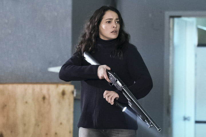 Reece - The Crossing - Natalie Martinez | TVs Most Badass Moms