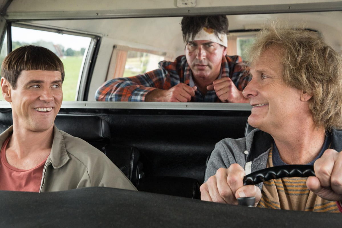 rob riggle tells us dumb dumber leading part dead rising movie and to 003