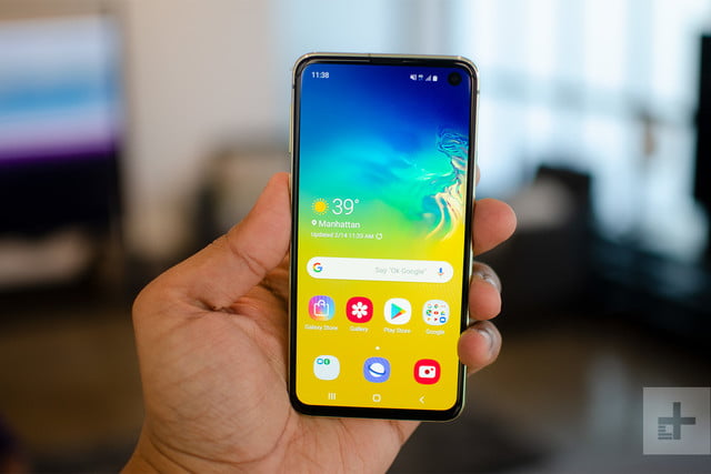 Samsung Galaxy S10e Hands On Review The Cheaper Option