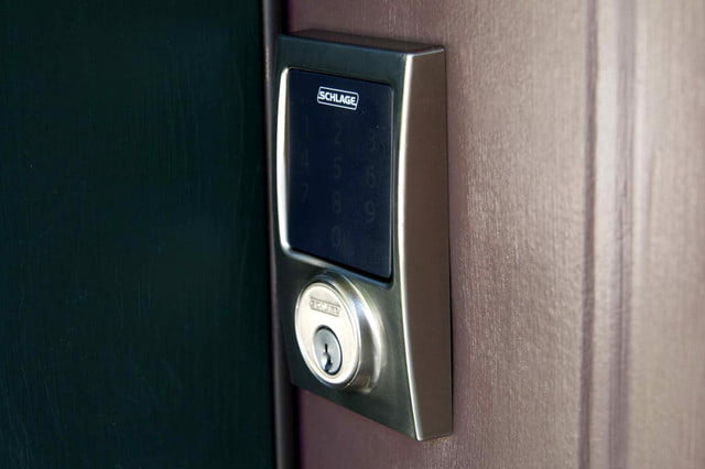 schlage connect touchscreen deadbolt with alarm be469nx keypad side