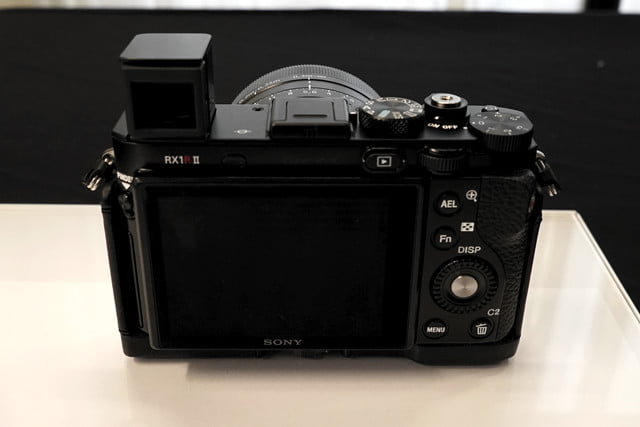 sony cyber shot rx1r 2 rx1r2 preview 6