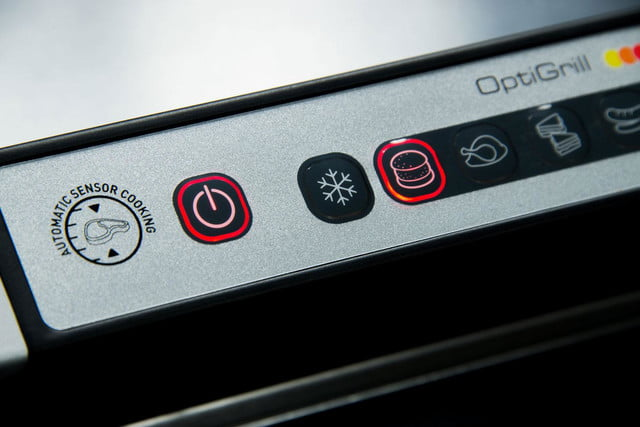 T-fal-Optigrill-power-button-close-up