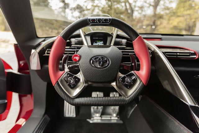 toyota taking detroit auto show storm downright stunning ft 1 concept ft1 interior 008