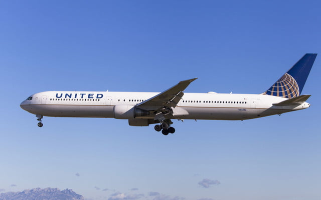 A Drone Came Uncomfortably Close To A United Airlines Jet