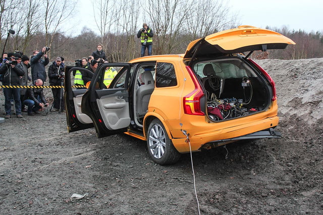 volvo u2019s xc90 and the road to zero traffic fatalities and injuries by 2020